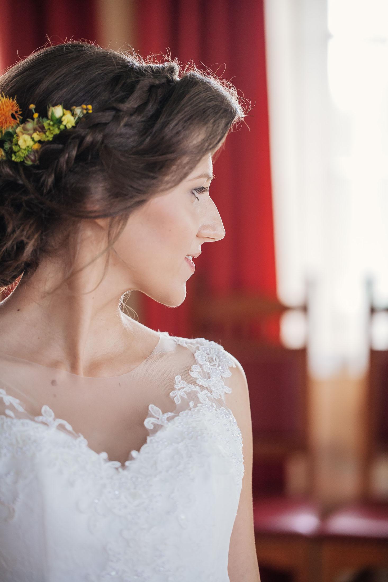 Hochzeit Karina & Johannes Boudoir Braut im Weinschloss Thaller