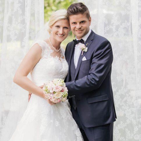 Viktoria & Lukas - Hochzeit im Schloss St. Veit